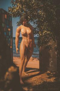 overwatch-hentai-xxx-–-magisteriumart,-muscular-female,-barefoot,-pubic-hair.